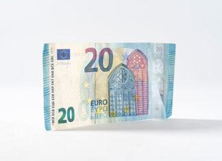 Finanse z grantów nieocenioną pomocą dla polskiej nauki