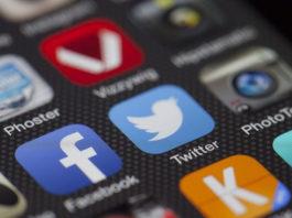 Dobra porównywarka telefonów - jak wybrać smartfona?